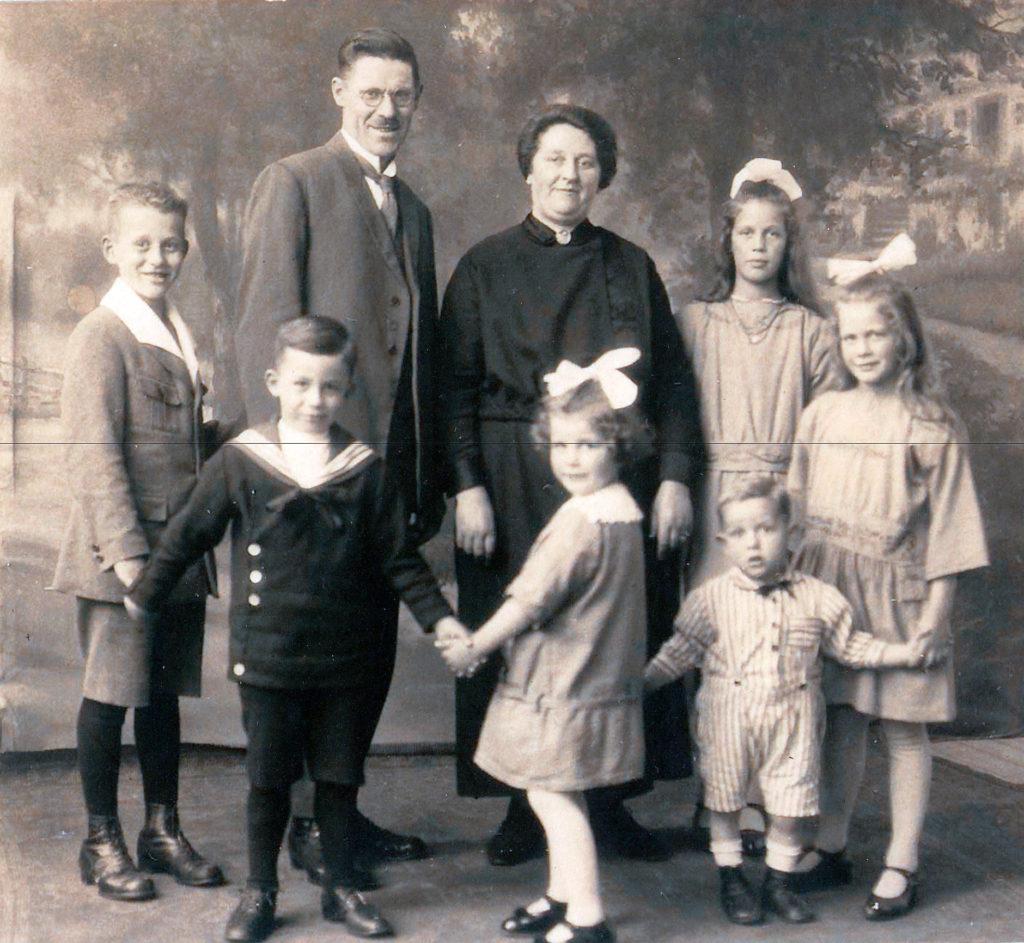 Familie Knaapen, 8ste generatie
